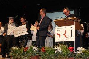cheque handover Steinbeis-Realschule Ilsfeld